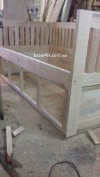 односпальная кровать с дверцами Морау