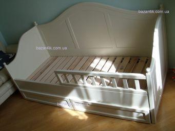 односпальная кровать Вунграде