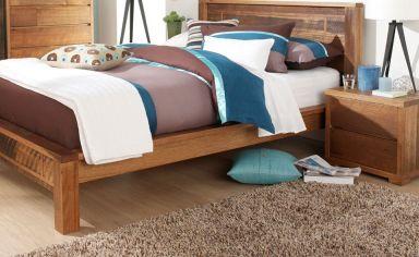 деревянная спальня Байрон