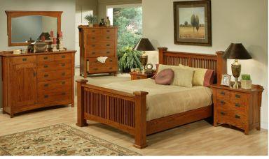 деревянная спальня МанорЛэнд