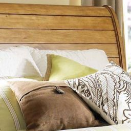 деревянная спальня Зурман