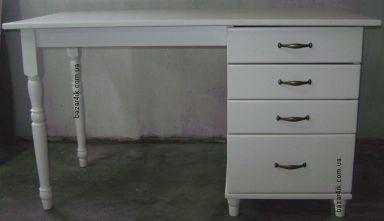 стол из дерева офисный Атиль