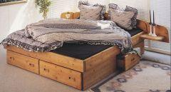 кровать деревянная Стругац