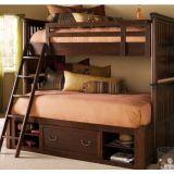 двухъярусная кровать Бяжун деревянная