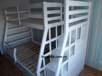 двухъярусная кровать из дерева Вулаком