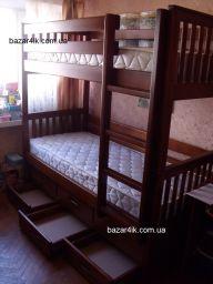 двухъярусная из дерева кровать Гильчадов