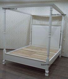 кровать с балдахином Белчугатон