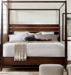 кровать с балдахином Лоримеру