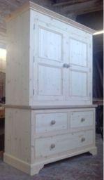 деревянный шкаф в детскую Пламя
