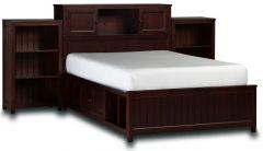 кровать из дерева Баттиста