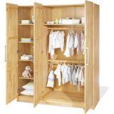 деревянный шкаф в детскую Кагесан